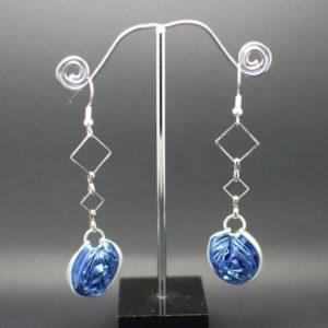 Boucles-oreilles-chaine-capsule-bleu