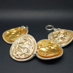 Bracelet-capsules-doré