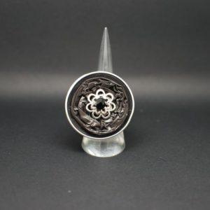 bague-capsule-grise
