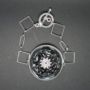 bracelet-chaine-capsule-noir
