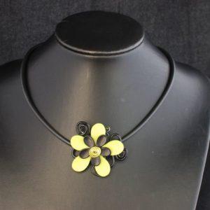 collier-aluminium-fleur-verte