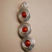 tp11_pendentif_multi_spirales_perles
